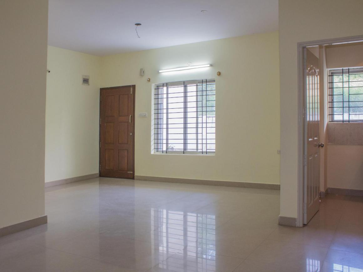 Living Room Image of 1200 Sq.ft 2 BHK Apartment for rent in R. T. Nagar for 17500