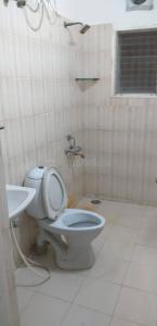 Bathroom Image of PG 6550647 Thiruvanmiyur in Thiruvanmiyur