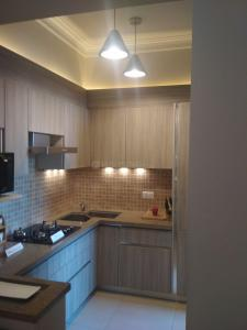 Gallery Cover Image of 2100 Sq.ft 4 BHK Apartment for buy in CGHS Jasminium, Sector 45 for 15000000