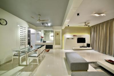 Gallery Cover Image of 2100 Sq.ft 3 BHK Apartment for rent in Chandkheda for 50000