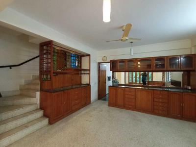 Gallery Cover Image of 2000 Sq.ft 3 BHK Apartment for rent in Indira Nagar for 58000