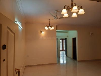 Gallery Cover Image of 1300 Sq.ft 2 BHK Apartment for rent in Cox Town for 28000