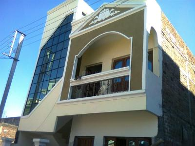 Gallery Cover Image of 1000 Sq.ft 4 BHK Independent House for buy in Sinhasa for 4500000