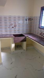 Gallery Cover Image of 580 Sq.ft 2 BHK Apartment for buy in Selaiyur for 2900000