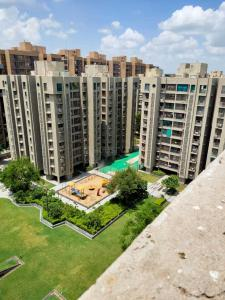 Gallery Cover Image of 2805 Sq.ft 3 BHK Independent Floor for buy in Safal Parisar 2, Bopal for 12500000