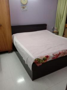 Gallery Cover Image of 1350 Sq.ft 3 BHK Apartment for rent in Mayur Vihar Phase 1 for 35000