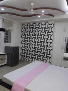 Bedroom Image of The Cyber Room in DLF Phase 3