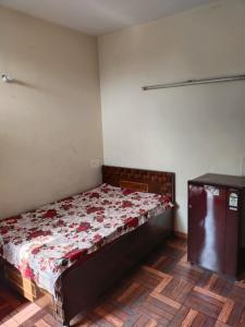 Bedroom Image of Girls PG Without Meal A Available In Malviya Nagar in Malviya Nagar