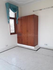 Gallery Cover Image of 1900 Sq.ft 3 BHK Independent Floor for buy in DLF Phase 3 for 13000000
