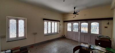 Gallery Cover Image of 1300 Sq.ft 4 BHK Independent Floor for rent in Salt Lake City for 35000