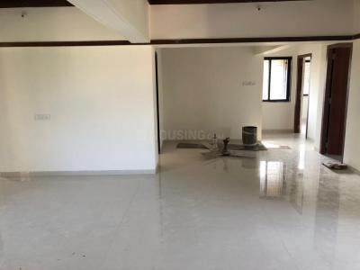 Gallery Cover Image of 1250 Sq.ft 3 BHK Apartment for rent in Santacruz West for 125000