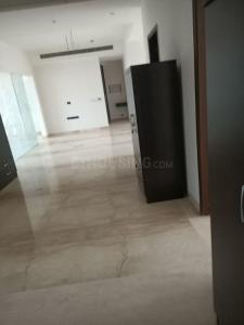 Gallery Cover Image of 5500 Sq.ft 5 BHK Apartment for buy in Mahagun Moderne, Sector 78 for 45000000