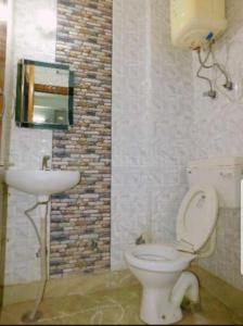 Bathroom Image of Sai Homes Girls PG in Laxmi Nagar
