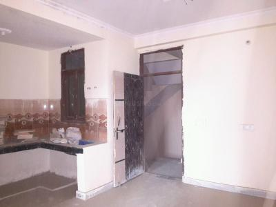 Gallery Cover Image of 750 Sq.ft 2 BHK Apartment for rent in Noida Extension for 7500