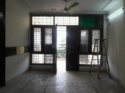 Gallery Cover Image of 1440 Sq.ft 3 BHK Independent Floor for buy in Chittaranjan Park for 13500000