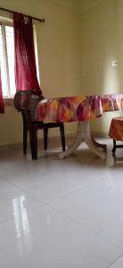 Gallery Cover Image of 1200 Sq.ft 3 BHK Apartment for rent in Mukundapur for 30000