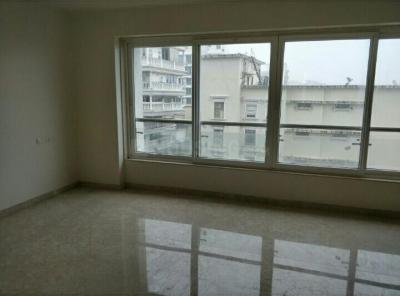 Gallery Cover Image of 1850 Sq.ft 3 BHK Apartment for rent in Khar West for 150000