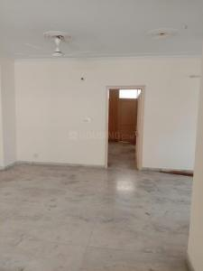 Gallery Cover Image of 1650 Sq.ft 3 BHK Apartment for rent in Sector 20 for 18500