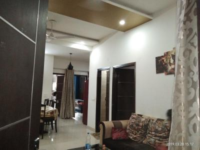 Gallery Cover Image of 1360 Sq.ft 3 BHK Independent Floor for rent in Plot 72, Nyay Khand for 15000