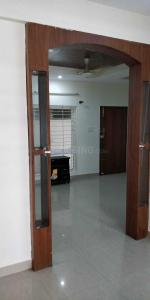 Gallery Cover Image of 1300 Sq.ft 2 BHK Apartment for rent in Kalena Agrahara for 15500