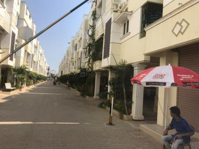 Gallery Cover Image of 987 Sq.ft 2 BHK Independent Floor for buy in Ramapuram for 5600000