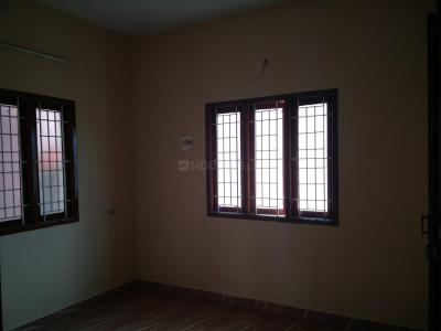 Gallery Cover Image of 1000 Sq.ft 2 BHK Independent House for rent in Chromepet for 11000