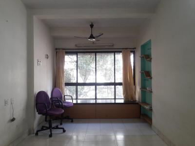 Gallery Cover Image of 640 Sq.ft 1 BHK Apartment for rent in Borivali East for 23000