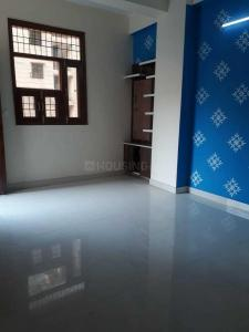 Gallery Cover Image of 950 Sq.ft 2 BHK Apartment for buy in Chauhan East Platnium, Sector 44 for 2500000