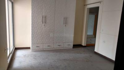 Gallery Cover Image of 1115 Sq.ft 2 BHK Apartment for rent in Sector 137 for 15000