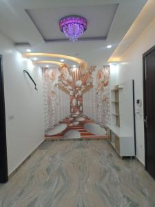 Gallery Cover Image of 590 Sq.ft 2 BHK Independent Floor for buy in Dwarka Mor for 3561000