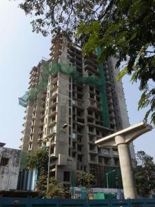 Gallery Cover Image of 995 Sq.ft 2 BHK Apartment for buy in Borivali West for 20000000