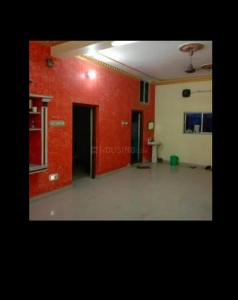 Gallery Cover Image of 800 Sq.ft 2 BHK Independent House for rent in Lake Town for 18000