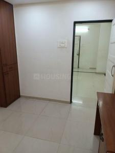 Gallery Cover Image of 650 Sq.ft 2 BHK Apartment for rent in Borivali West for 26000