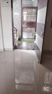 Gallery Cover Image of 400 Sq.ft 2 BHK Apartment for rent in Govindpuram for 5000