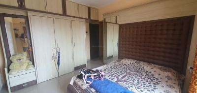 Gallery Cover Image of 900 Sq.ft 2 BHK Apartment for buy in Kanakia Samarpan, Borivali East for 19800000