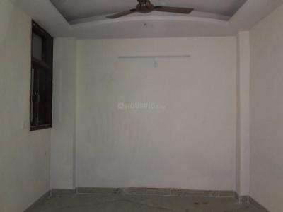 Gallery Cover Image of 750 Sq.ft 2 BHK Independent Floor for buy in Chhattarpur for 3200000