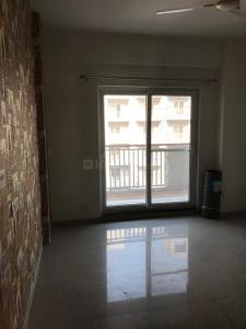 Gallery Cover Image of 1210 Sq.ft 3 BHK Apartment for rent in Nirala Aspire, Noida Extension for 8000