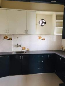 Gallery Cover Image of 1400 Sq.ft 2 BHK Apartment for rent in SriNagar Colony for 26000
