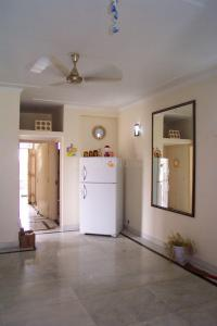 Gallery Cover Image of 1650 Sq.ft 1 BHK Independent Floor for rent in Sector 41 for 15000