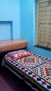 Bedroom Image of Sutapas PG in Behala