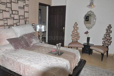Gallery Cover Image of 1330 Sq.ft 3 BHK Apartment for buy in Phi II Greater Noida for 5000000