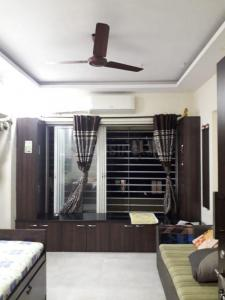 Gallery Cover Image of 400 Sq.ft 1 RK Apartment for buy in Shelton Apartments, Santacruz East for 9800000