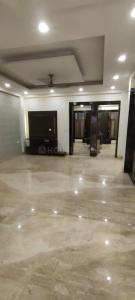 Gallery Cover Image of 1800 Sq.ft 4 BHK Independent Floor for buy in Kaushambi for 16500000