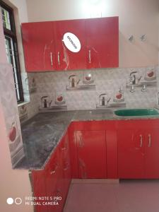 Gallery Cover Image of 260 Sq.ft 1 RK Independent House for rent in Balawala for 4000