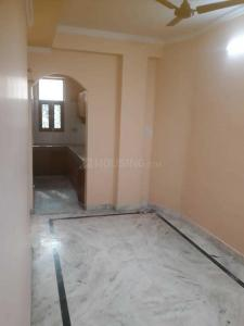Gallery Cover Image of 750 Sq.ft 2 BHK Independent Floor for rent in DLF Ankur Vihar for 7000