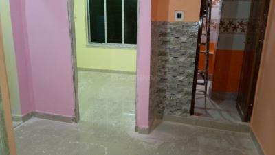 Gallery Cover Image of 650 Sq.ft 1 BHK Independent House for rent in Keshtopur for 7000
