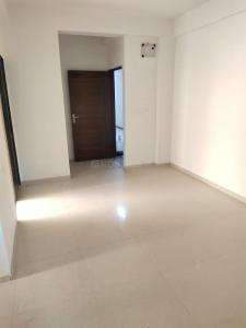 Gallery Cover Image of 880 Sq.ft 2 BHK Apartment for rent in Shubh Aangan, Sabarmati for 10000