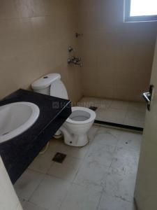 Common Bathroom Image of 3125 Sq.ft 4 BHK Apartment for rent in Godrej Frontier, Sector 80 for 28000