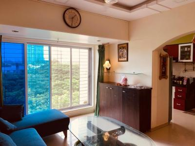 Gallery Cover Image of 890 Sq.ft 2 BHK Apartment for rent in Silver Residency, Borivali West for 32000