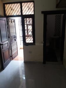 Gallery Cover Image of 500 Sq.ft 1 BHK Independent Floor for rent in Nyay Khand for 8000